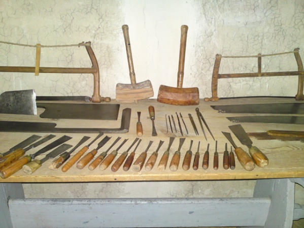 350 years old tool collection-s004.jpg