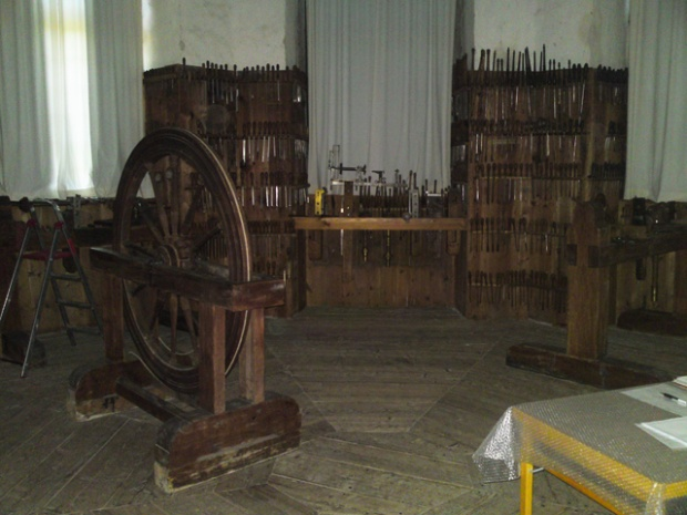 350 years old tool collection-s007.jpg