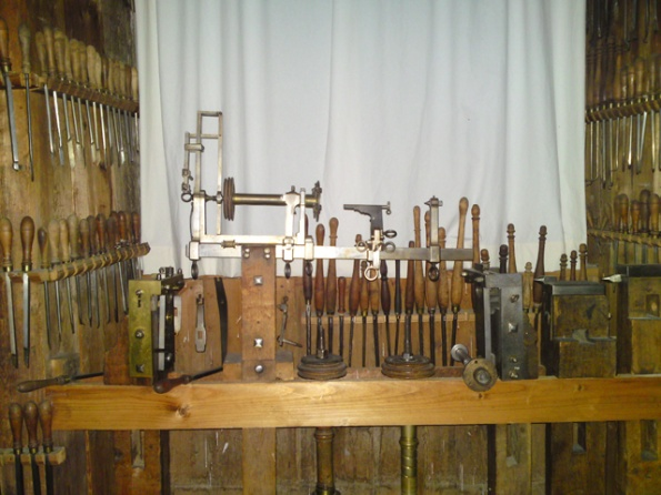 350 years old tool collection-s009.jpg