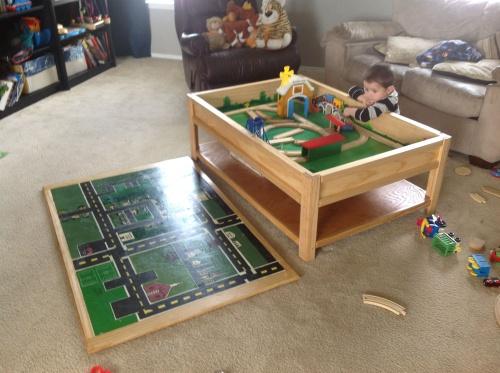 Name:  toy train coffee table.jpg Views: 80 Size:  85.0 KB