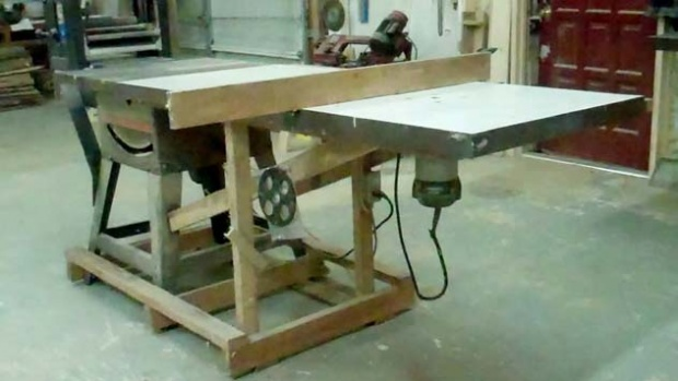 Outfeed table double as router table woodworking talk click image for larger version name video 8 0 00 00 01 2 keyboard keysfo Images