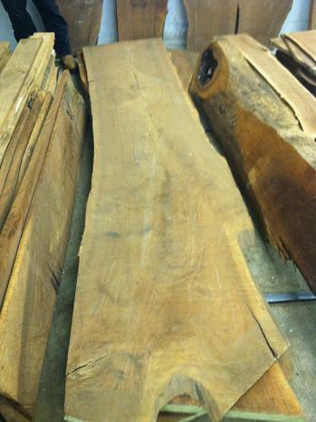 Name:  walnut slab.JPG Views: 565 Size:  27.4 KB