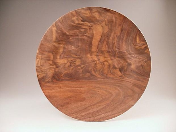 Just a walnut plate-walnutplate.jpg