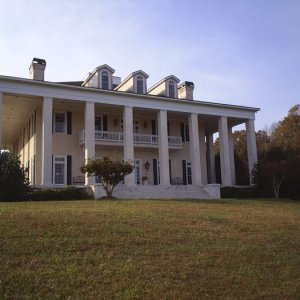 A little old country home in the Georgia woods that belongs to a movie star.