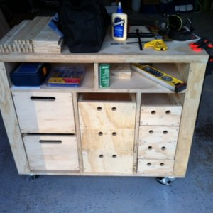 Almost complete. Just need to put in the rest of the drawer supports and tool brackets on each end.