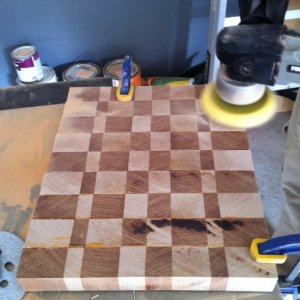 Sanding : Attempting to level out the cutting board. Oh to have a planer.