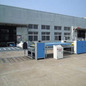 Paper sticking machine Application: The paper sticking series are used to laminate the volumed decorative paper, the volumed PVC or the volumed protec
