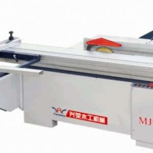 Precision sliding table saw MJ90  Introduction: 1.This solid table saw adopts the dual straight-line which can reduce the global line error to 0.15mm