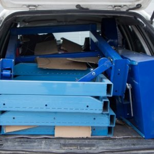 Small band mill in a car
