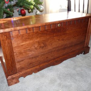 Cherry Blanket Chest built 12/09 Minwax Red Oak stain to match other furniture.  Polyurethane topcoat.  This was a Christmas present for my 87 year-ol