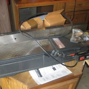 1978 Craftsman Jointer/Planer.  Bought this from a guy who bought it new and never took it out of the box!  Goody for me!